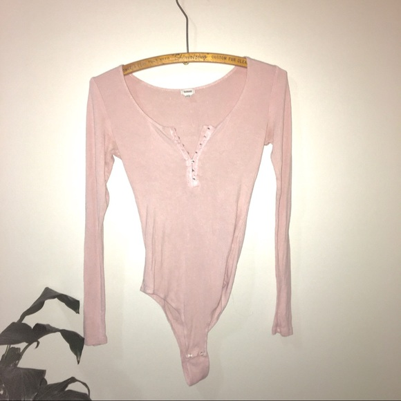 🌼2/$22 Pink Bodysuit